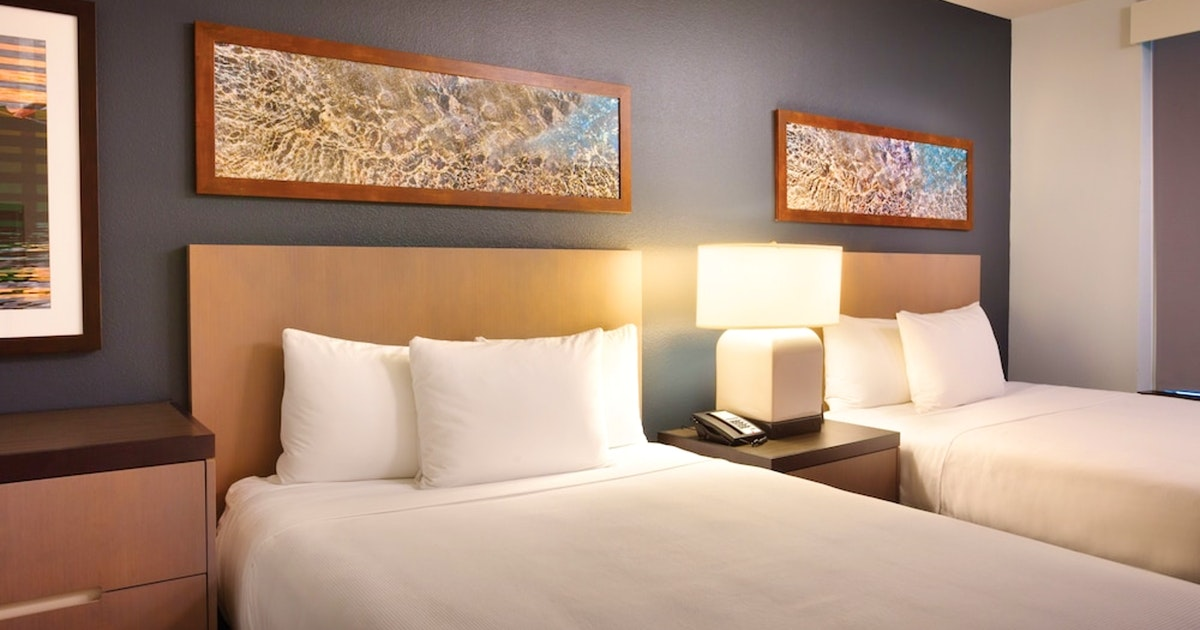 Suite 2 Queen Beds And 1 Sofa Bed Expanded At Hyatt