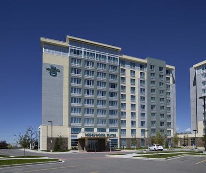 Exterior | Homewood Suites by Hilton Calgary-Airport