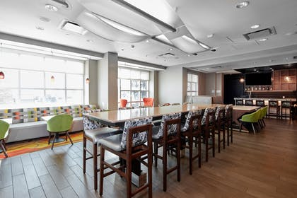 Lounge | Homewood Suites by Hilton Calgary-Airport