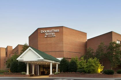 Exterior | DoubleTree Suites by Hilton Hotel Charlotte - SouthPark