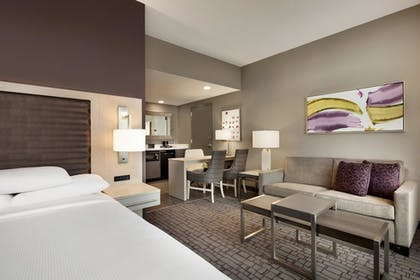 ca3bcecc_z.jpg | 1 King 2 Room Suite | Embassy Suites By Hilton Charlotte Uptown