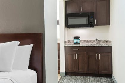 Wet Bar | 2 Double Beds Studio | Homewood Suites by Hilton Charlotte-North/Univ Research Park