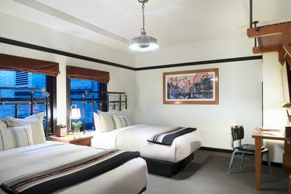 Double Bedroom   Play Two Suite   Chicago Athletic Association