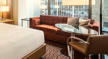 Superior Queen Sitting Area | Chicago Suite - 1 King + Superior Room - 2 Queen Beds | Conrad Chicago