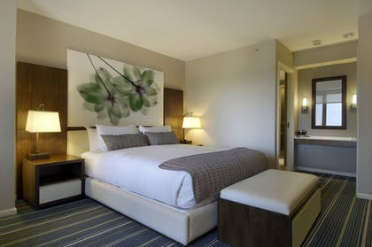 Deluxe King Bed | One Bedroom Suite | King + Deluxe King | Fairmont Chicago Millennium Park