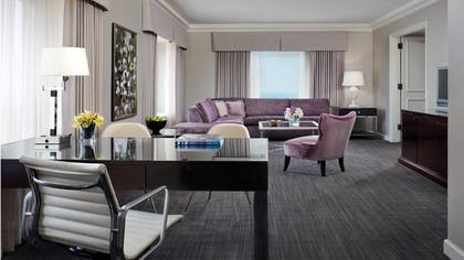 Desk | Deluxe One Bedroom Suite | Four Seasons Hotel Chicago