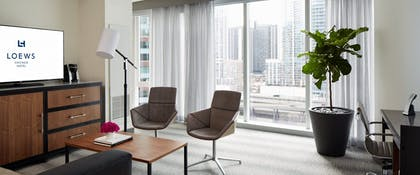Livingroom 1 | Lake View Suite + Superior | 2 Doubles | Loews Chicago Hotel