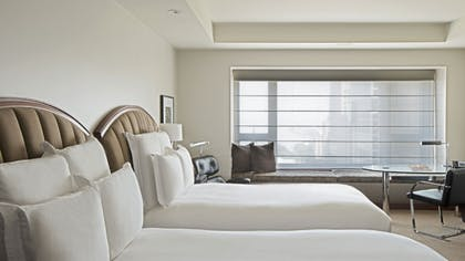 Twin Bedroom | Park Executive Suite + Park Twin | Park Hyatt Chicago