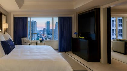 Bedroom | Deluxe Suite | King + Grand Premier Double Room | The Peninsula Chicago