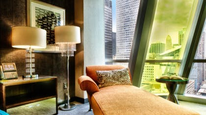 9a6000d8_z.jpg | Paramount Spa One Bedroom Suite + Classic King Room  | theWit Chicago