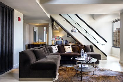 Living Room | Penthouse Suite | Thompson Chicago