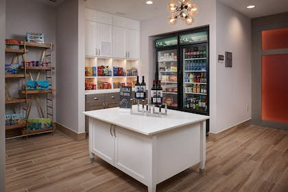 Suite Shop | Homewood Suites by Hilton Cincinnati-Midtown, OH