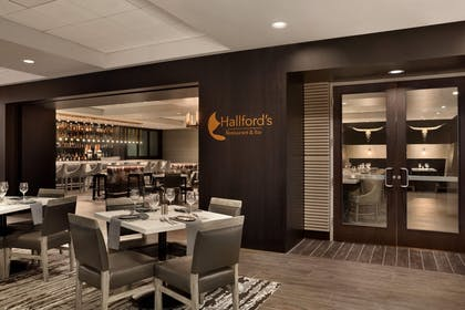 DALEMES_DALEM_Hallfords_03ss_S.jpg | Embassy Suites by Hilton Dallas DFW Airport North