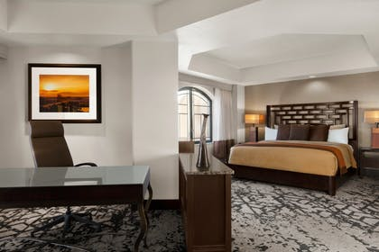 Presidential Suite | 2 Bedroom Penthouse Suite - 1 King/2 Doubles - Non-Smoking | Embassy Suites by Hilton Dallas DFW Airport North
