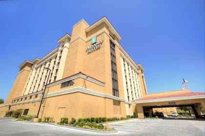 Hotel Exterior | Embassy Suites by Hilton Dallas Park Central Area