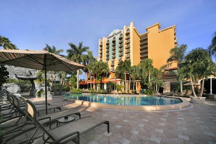 exterior.jpg | Embassy Suites by Hilton Fort Lauderdale 17th Street