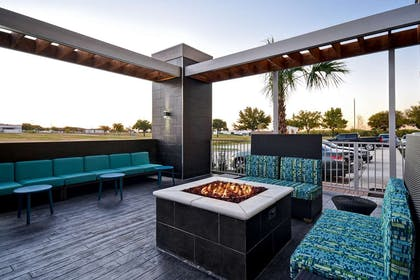 Fire Pit | Home2 Suites by Hilton Fort Worth Fossil Creek