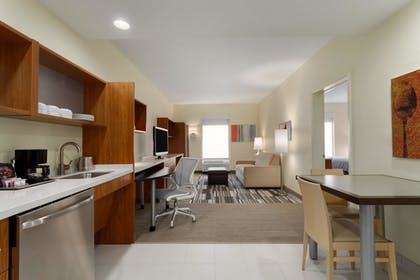 65cb57c3_z.jpg | 2 Queen Beds 1 Bedroom Suite | Home2 Suites by Hilton Dallas-Frisco, TX