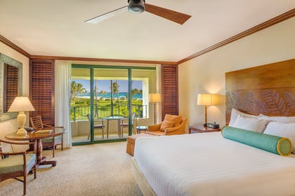 Deluxe Ocean View King Bedroom | Deluxe Suite + Deluxe Ocean View King | Grand Hyatt Kauai Resort & Spa