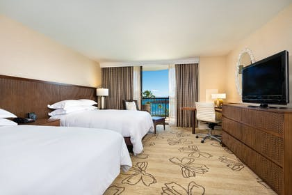 2 Queens Bedroom | Makai Ocean View Suite - 1 Bedroom 2 Doubles + Makai - Ocean Side At Lagoon Tower 2 Queen Beds | Hilton Waikoloa Village
