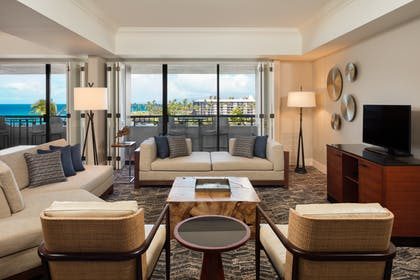 Entry | Makai Oceanview 1 Bedroom Presidential Suite + Makai Ocean Side At Lagoon Tower 2 Queen Beds | Hilton Waikoloa Village