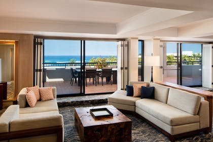 Living Room | Palace Tower - Ocean View - 1 Bedroom Presidential Suite - King | Hilton Waikoloa Village
