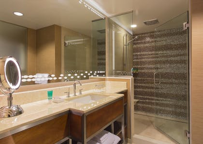 Bathroom | Ocean View Suite | Hyatt Regency Maui Resort and Spa