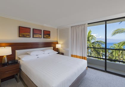 Bedroom | Ocean View Suite | Hyatt Regency Maui Resort and Spa
