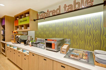 Breakfast Area | Home2 Suites by Hilton Houston Near the Galleria