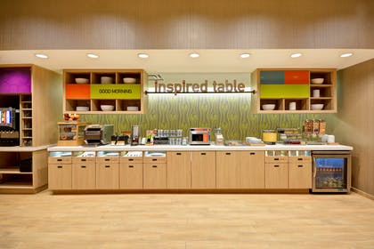 Breakfast Station | Home2 Suites by Hilton Houston Near the Galleria