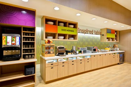 Breakfast | Home2 Suites by Hilton Houston Near the Galleria