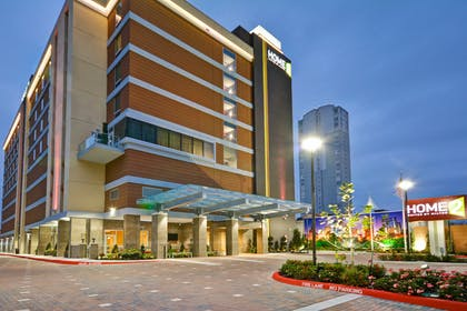 Exterior Night | Home2 Suites by Hilton Houston Near the Galleria