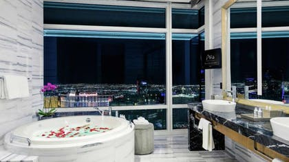 Bathroom | Sky Villa | ARIA Resort & Casino Las Vegas