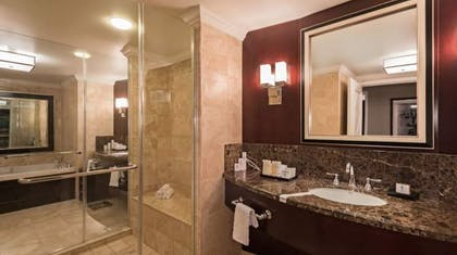 Bathroom | Augustus Premium Suite | Caesars Palace