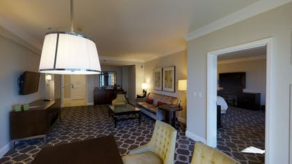 Living Area | Octavius Executive Suite + 2 Queens | Caesars Palace
