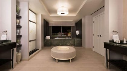 Large Bathroom | Octavius Premium Suite, 1 King + 2 Queens | Caesars Palace