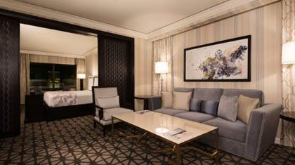 Seating Area | Octavius Premium Suite, 1 King + 2 Queens | Caesars Palace