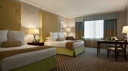 Deluxe Room Queens | Palace Executive Suite + 2 Queens | Caesars Palace