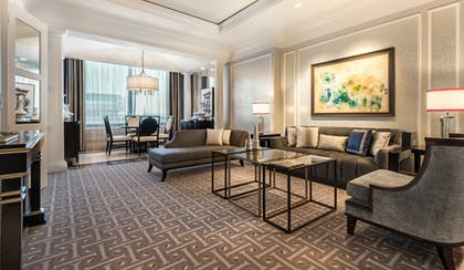 Living Room | Palace Executive Suite + 2 Queens | Caesars Palace