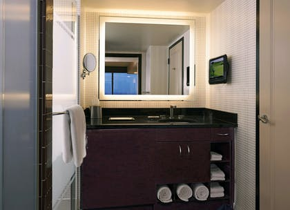 Bathroom | Junior 1 King Suite with Sofabed | Elara by Hilton Grand Vacations