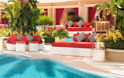 Encore Daybed | Encore at Wynn Las Vegas