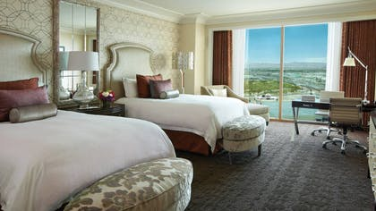 Deluxe Double Bedroom | One-Bedroom Suite King + Deluxe Doubles | Four Seasons Hotel Las Vegas