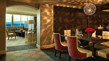 Living Space | Valley View Suite + Deluxe King | Four Seasons Hotel Las Vegas