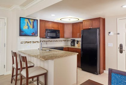 suite2_img3.jpg | 1 Bedroom King Suite with Queen Sofabed  | Hilton Grand Vacations on Paradise (Convention Center)