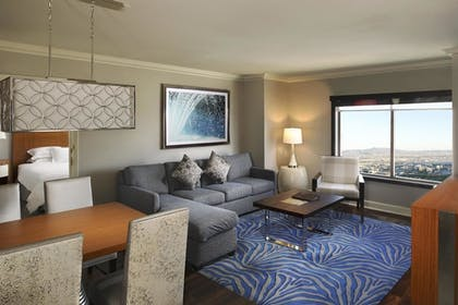 1 Bedroom King Suite At Hilton Grand Vacations On The Las Vegas Strip Suiteness More