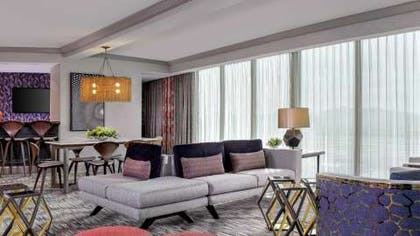 Living room | Conference Suite | Mandalay Bay Resort and Casino