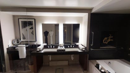 Bathroom | Nobu Penthouse + Double Queens Room | Nobu Hotel at Caesars Palace