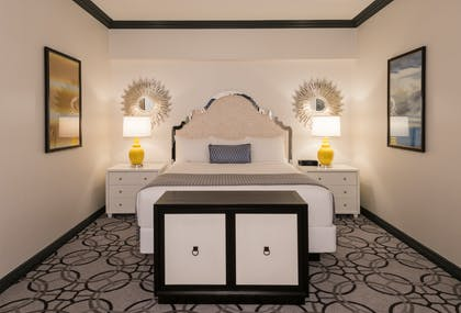 One of Two Beds | Remodeled Elegant Suite 2 Queens | Paris Las Vegas