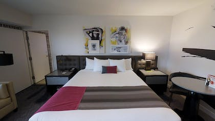 King Bed | Ultra Boulevard Suite + 1 King | Planet Hollywood Resort & Casino