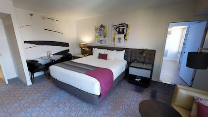 Bedroom | Ultra Boulevard Suite | Planet Hollywood Resort & Casino